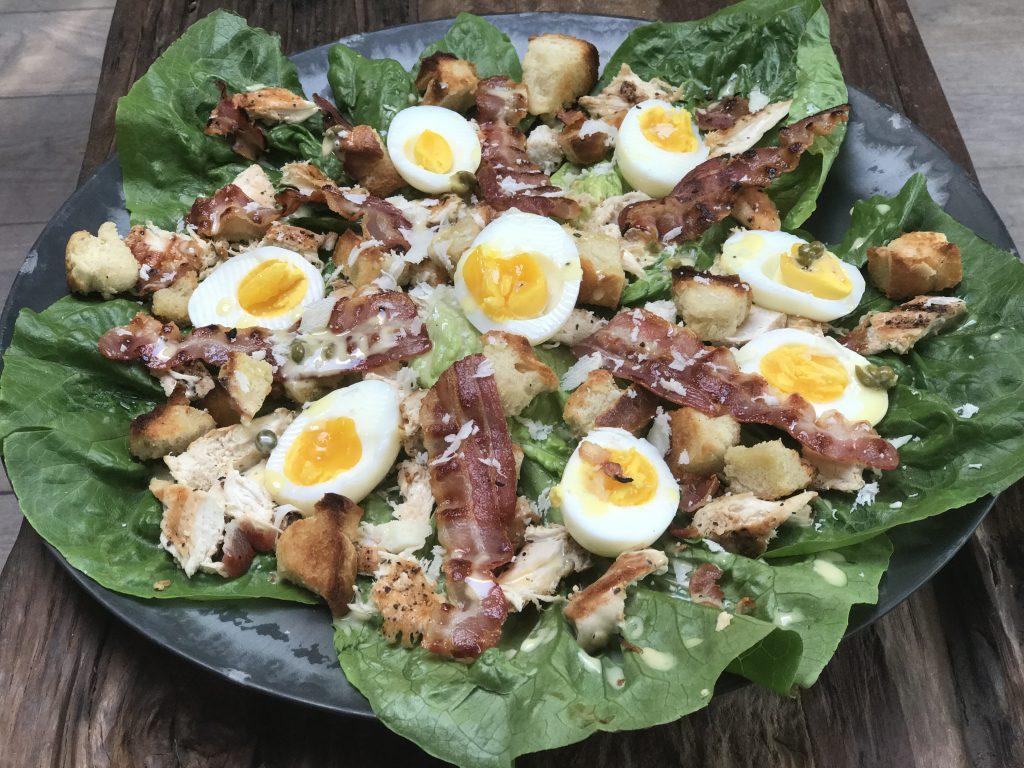 Ceasar Salade zelf maken: De perfecte zomersalade - Familie over de kook