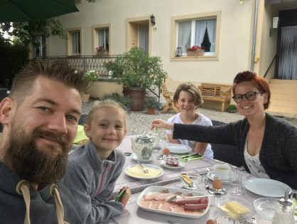 thuis bij familie over de kook: Heerlijk een paar dagen in de Eifel en een nieuw gezinslid