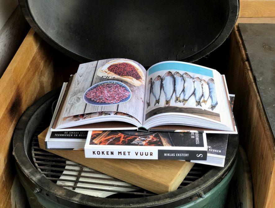 Boek Review Koken met Vuur: Familie over de Kook geeft 2 exemplaren weg!