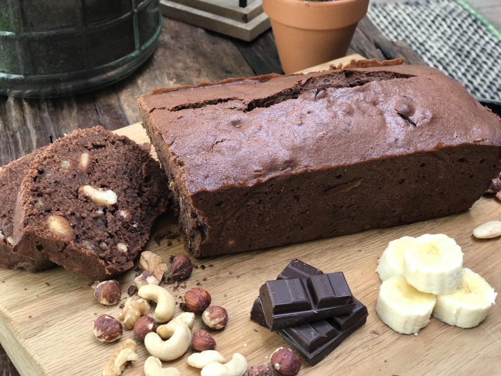 Bananenbrood met noten en chocolade - Familie over de kook
