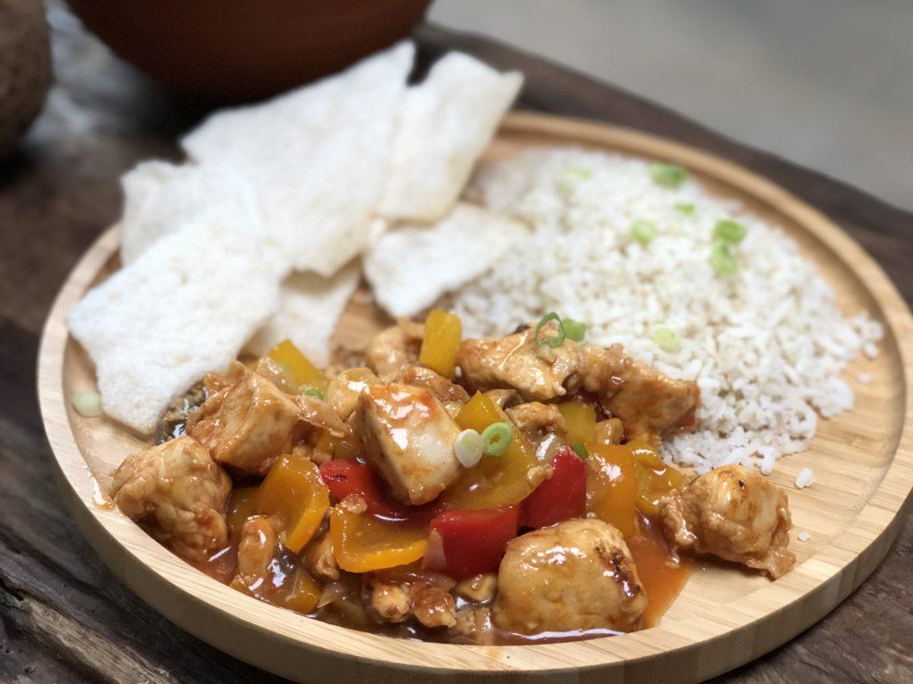 zelfgemaakte kip in zoetzure saus