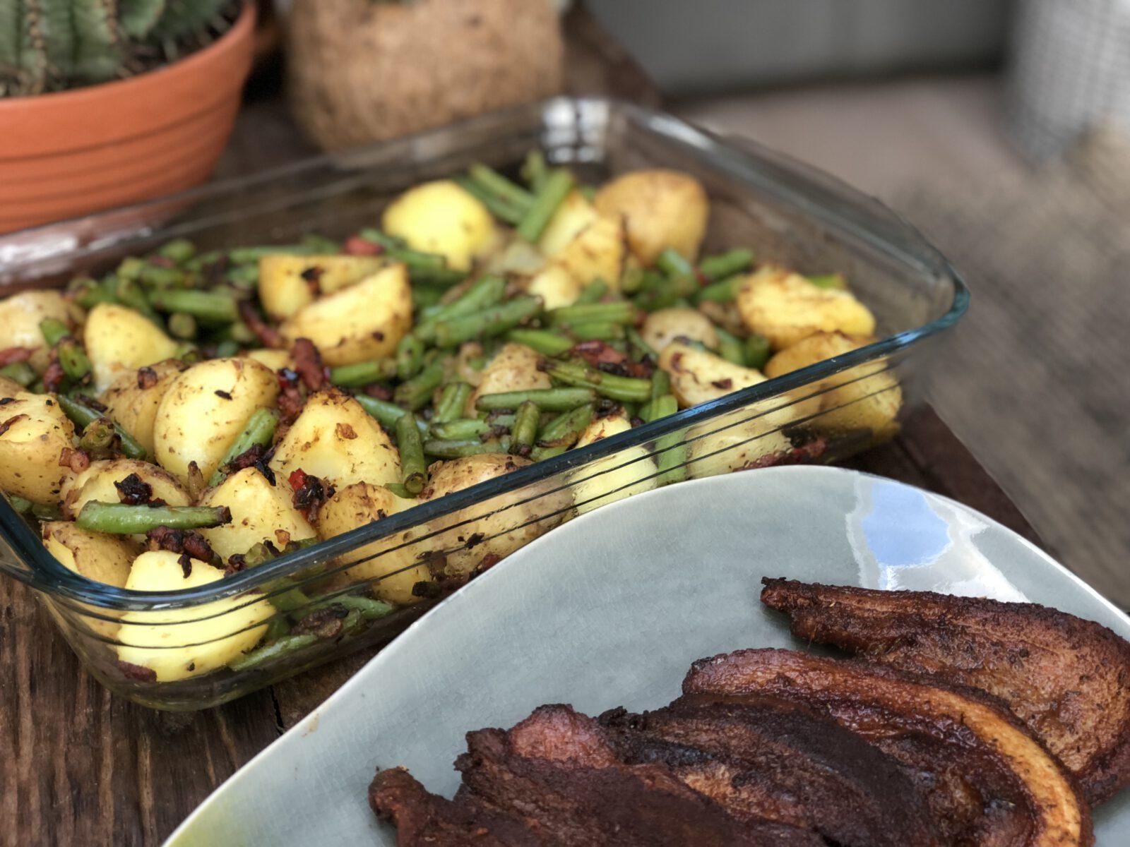 pittige aardappel ovenschotel met sperziebonen en spek - Familie over de kook