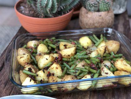 ovenschotel met aardappel, sperziebonen en spek