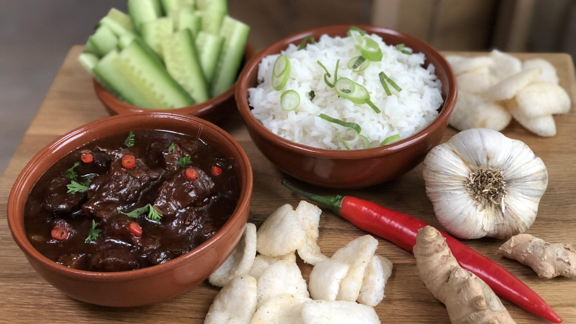 Indisch stoofvlees in kokosmelk: een smaakexplosie in je mond