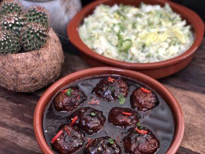 Indische gehaktballen in ketjap chilisaus