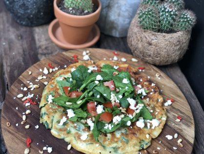pannenkoek met spinazie, fetakaas en chorizo