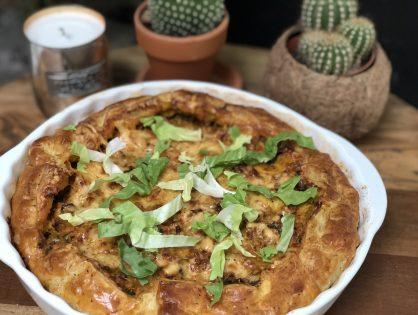 hartige taart: andijvietaart met kruidig gehakt en kaas