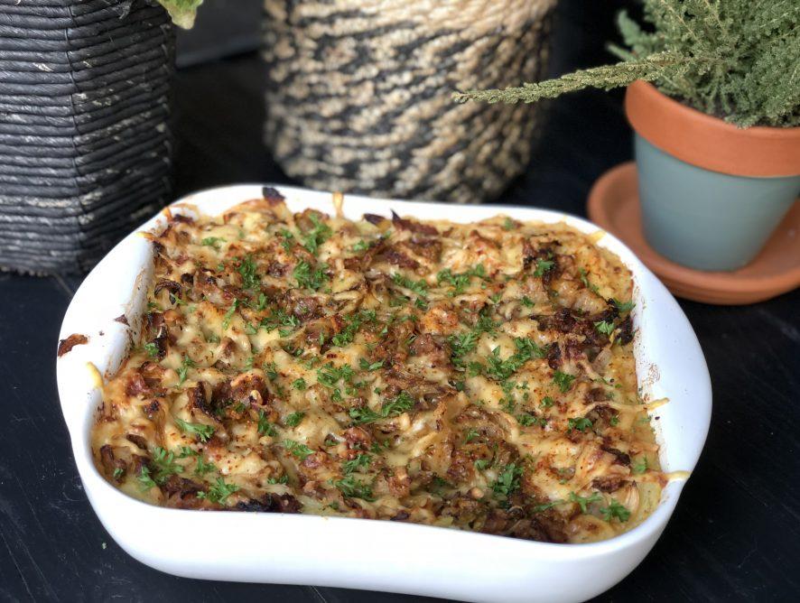 Spitskool ovenschotel met spek en kaas