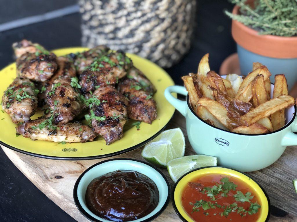 recept kippenvleugels met chimichurri van de bbq met zelfgemaakte friet / patat
