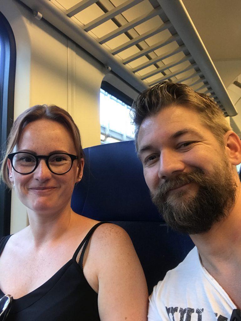 met de trein naar Amsterdam
