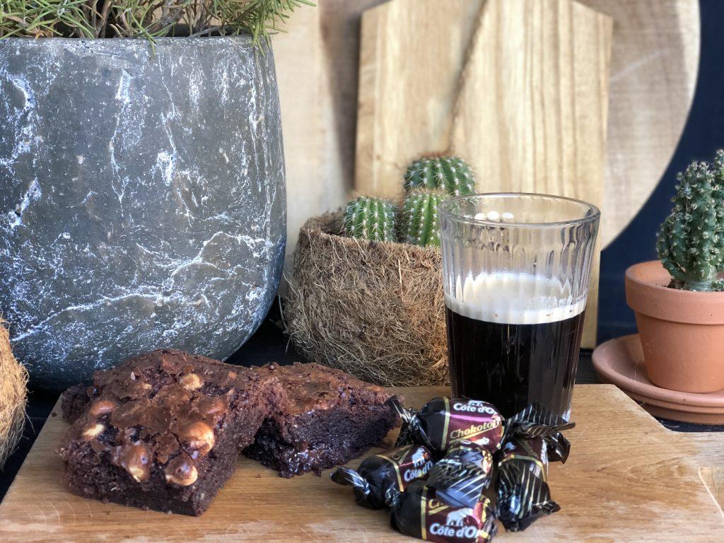 recept simpele brownie met chokotoff en hazelnoten