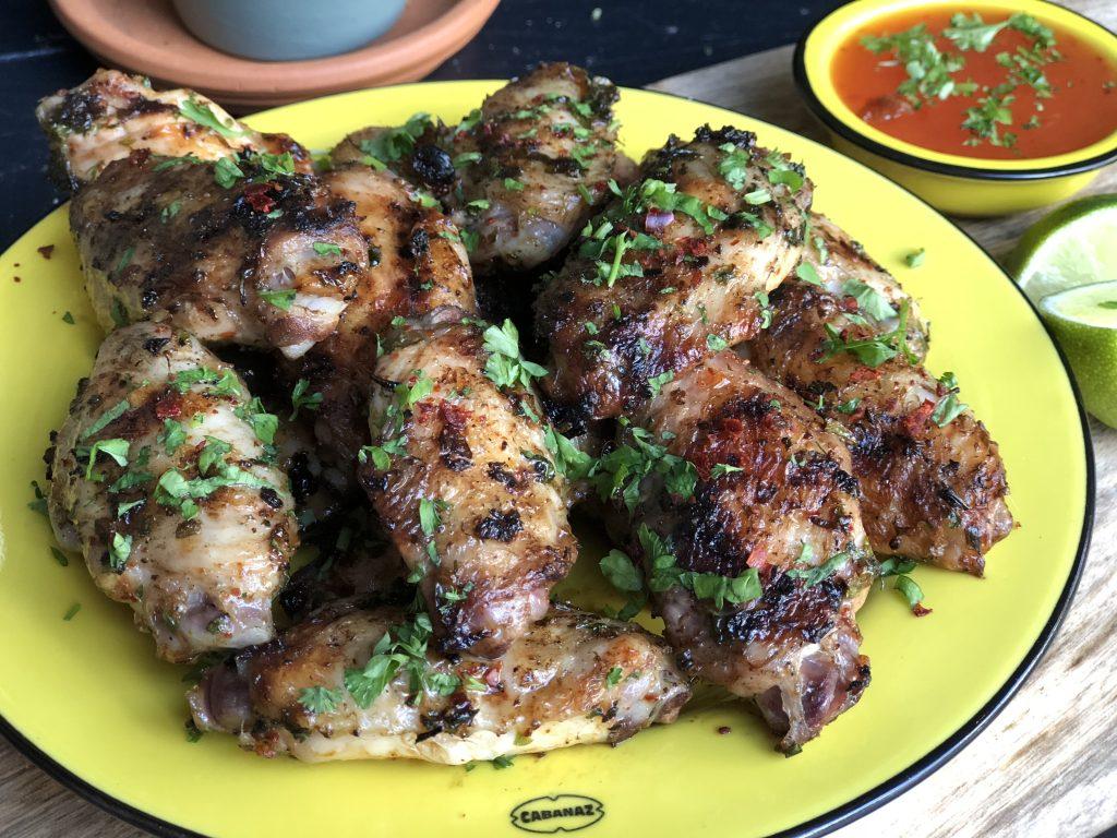 recept kippenvleugels met chimichurri van de bbq