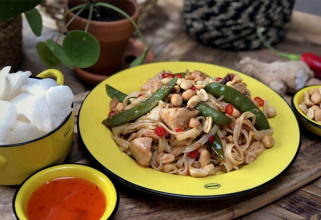 recept bami met kip, groenten en zoet pittige saus