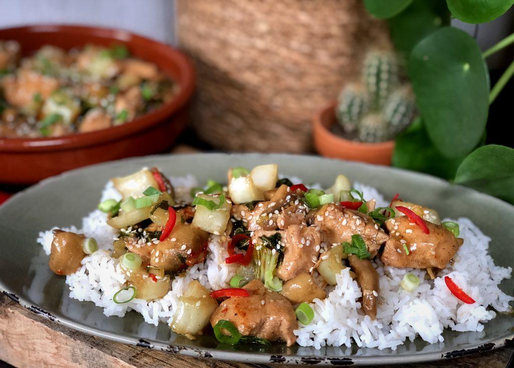 Chinese kip met rijst en paksoi: zoet en pittig! - Familie over de kook