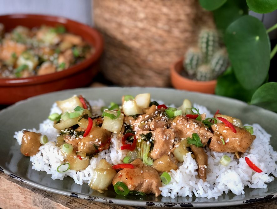 Chinese kip met rijst en paksoi: zoet en pittig!