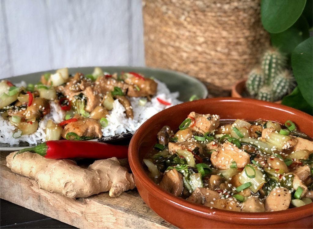 recept zoet pittige Chinese kip met rijst en paksoi