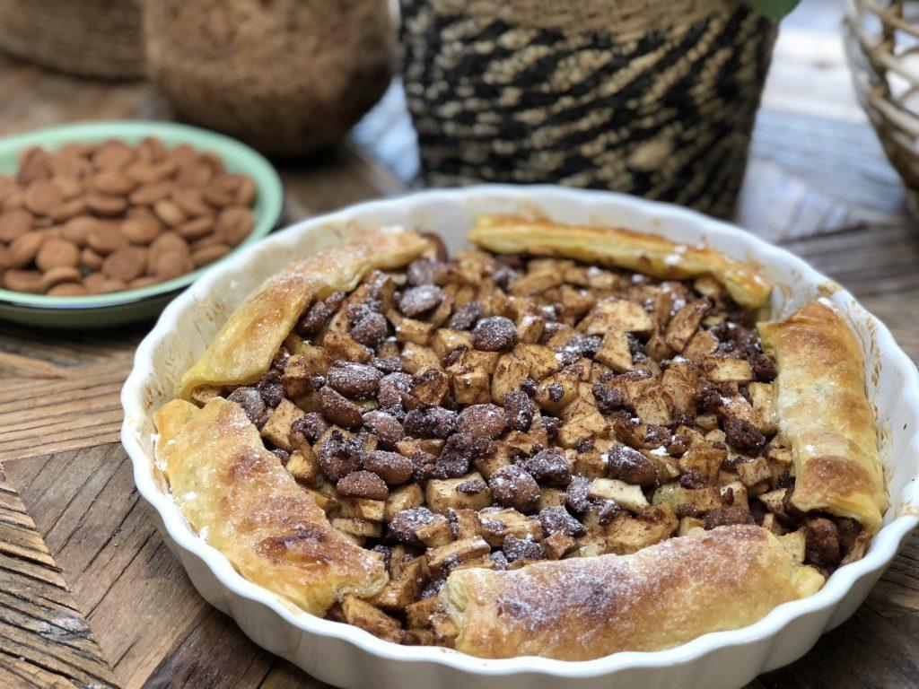 recept makkelijke Sinterklaas taart met appel en kruidnoten,