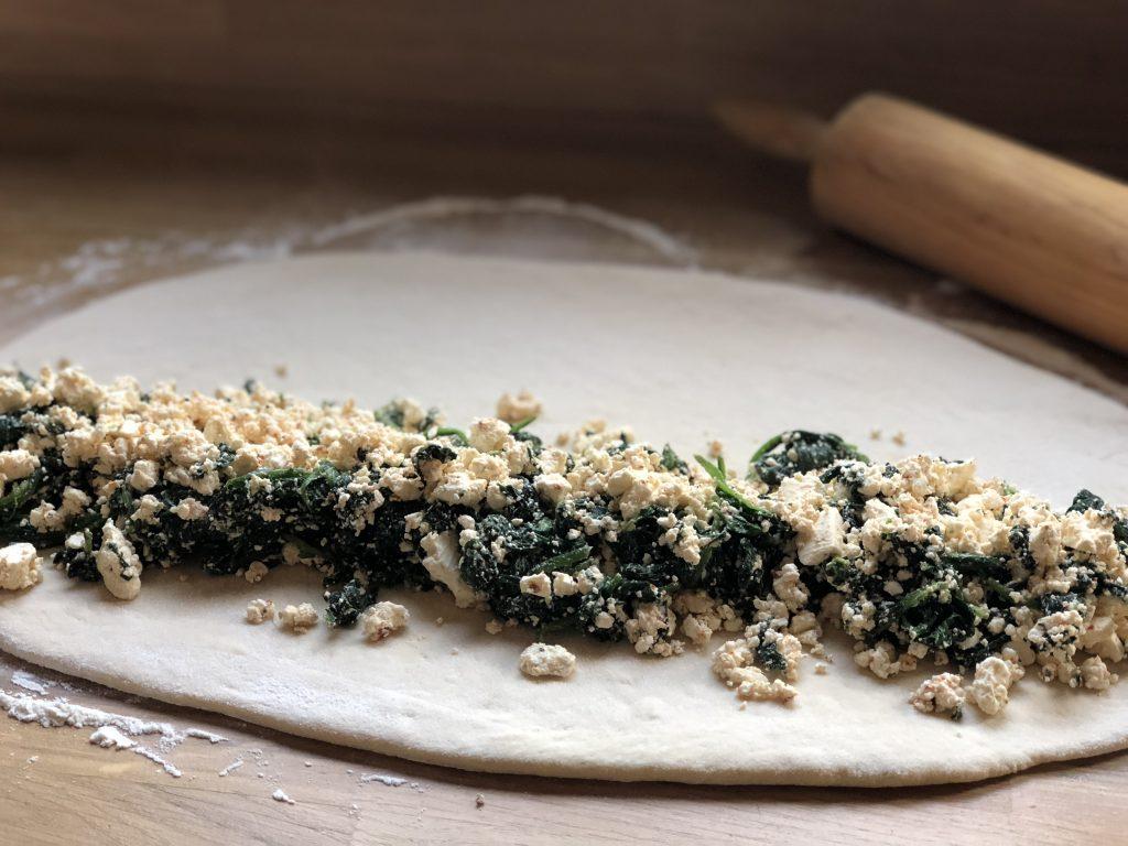 recept zachte broodje gevuld met spinazie en fetakaas