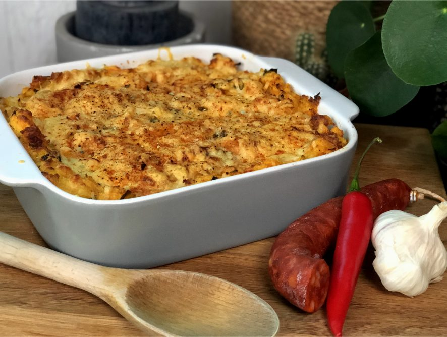 Ovenschotel met prei, wortel, chorzio en puree