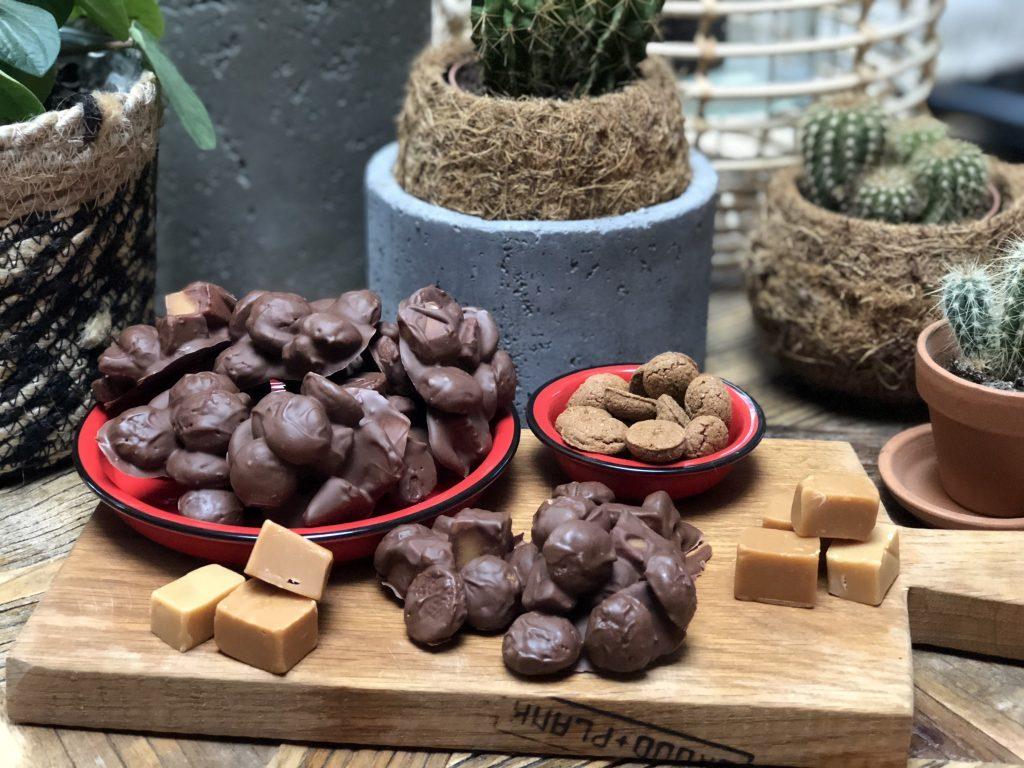 kruidnotenrotsjes met fudge: waanzinnig lekker - Familie over de kook