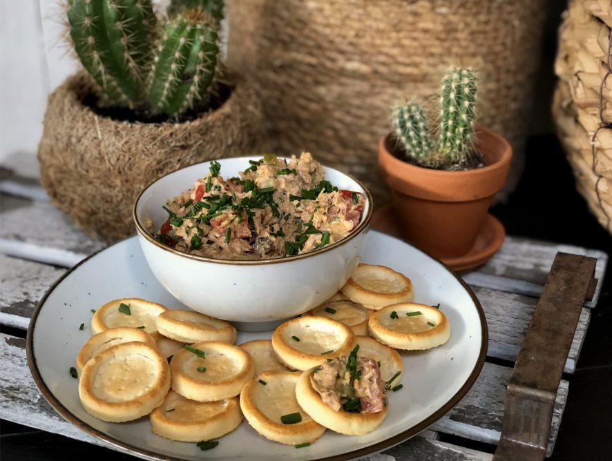 pittige tonijnsalade maken  met kerrie masala