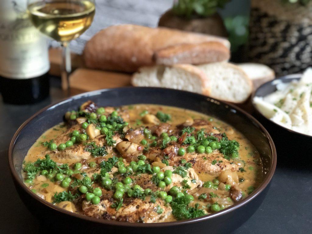 Recept kip in kruidige champignonroomsaus met pasta en ciabatta