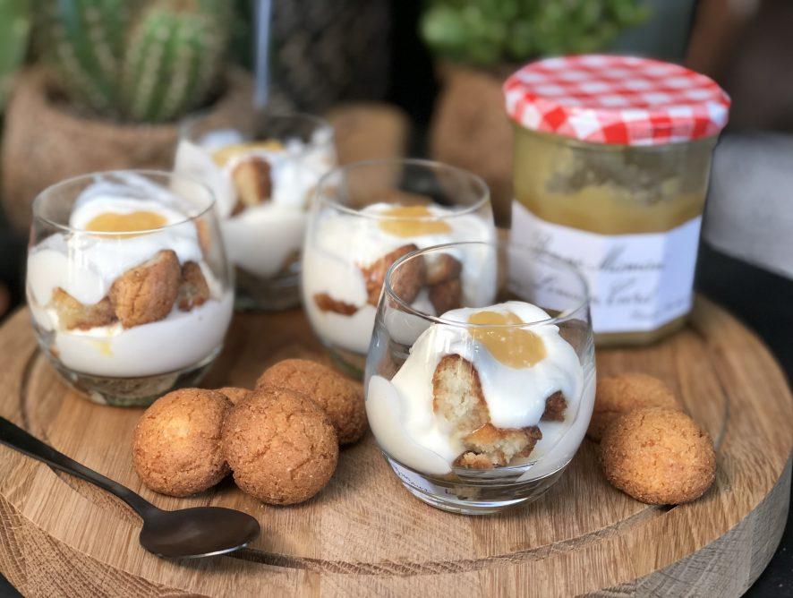 Trifle met bitterkoekjes en lemoncurd