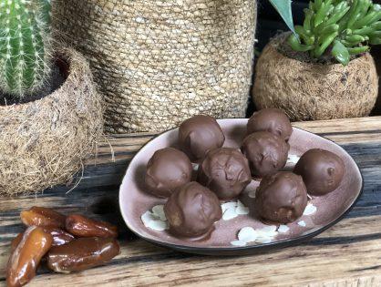 Bounty balletjes met kokos en chocolade