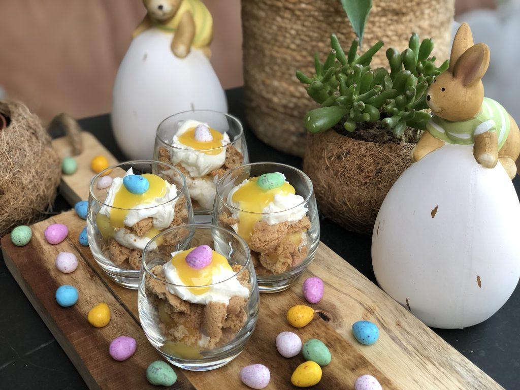 recept snelle en simpele trifle met amaretti, mascarpone en lemon curd. Super leuk paas dessert / toetje