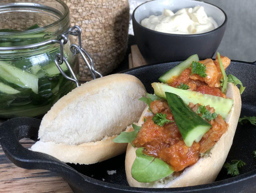 broodje ajam pedis met komkommer