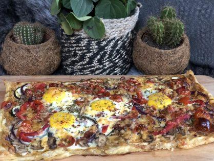 Italiaanse plaattaart met groenten en ei