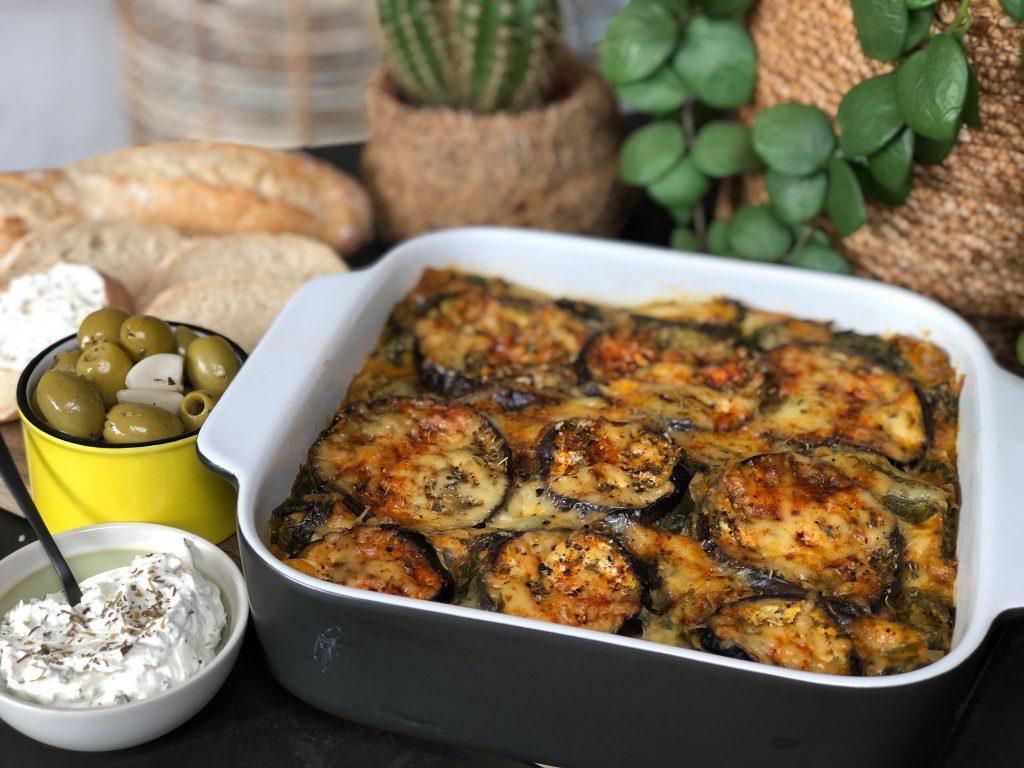 recept vegetarische lasagne met aubergine, spinazie en kruidige roomsaus