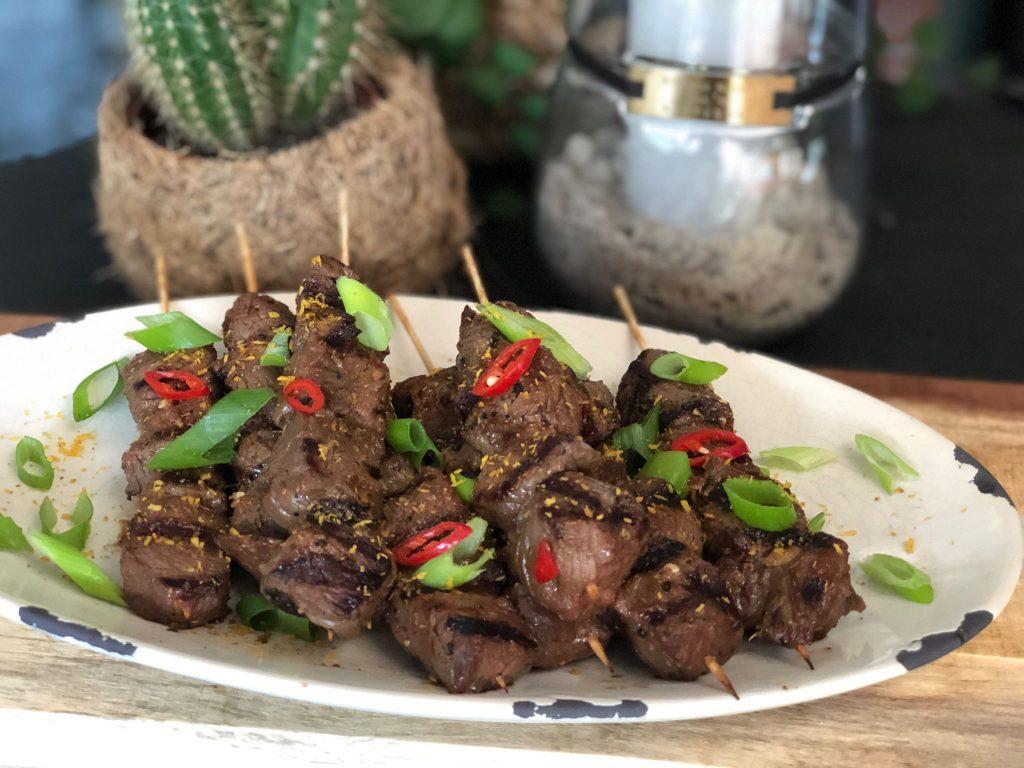 recept Aziatische biefstuk spiesjes van de bbq