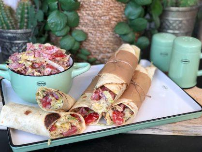 BLT wraps met spek, tomaat en ijsbergsla