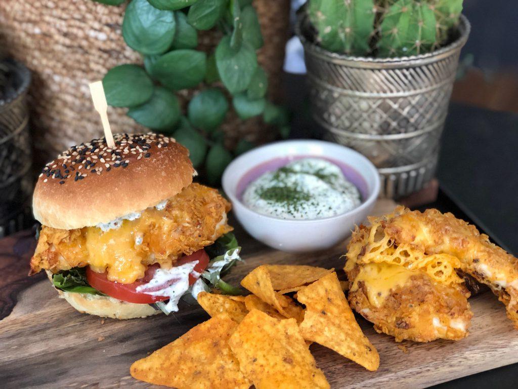recept krokante kipburgers met doritos