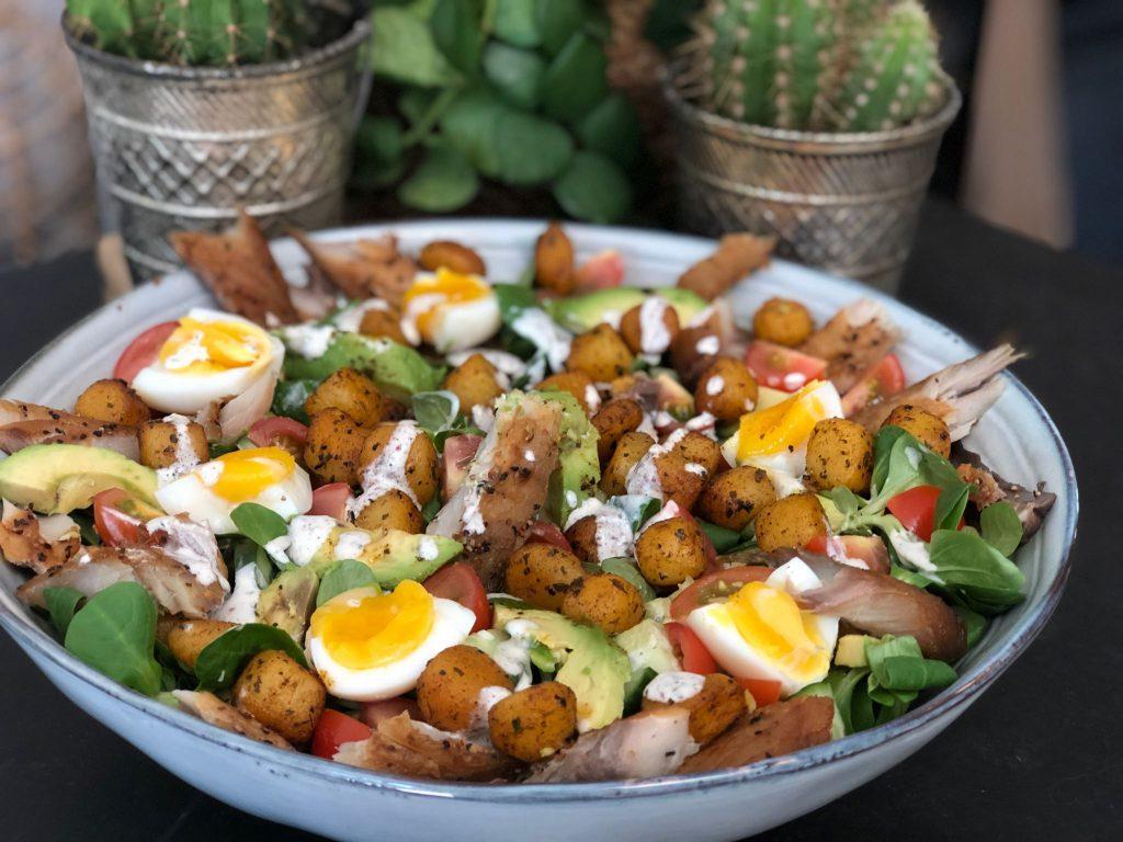recept salade met makreel, krieltjes en een fetakaas yoghurtdressing
