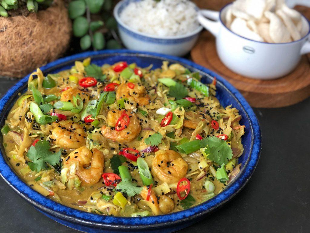 recept Thaise garnalen roerbak gerecht in kerriesaus uit de Freshly Fish Box