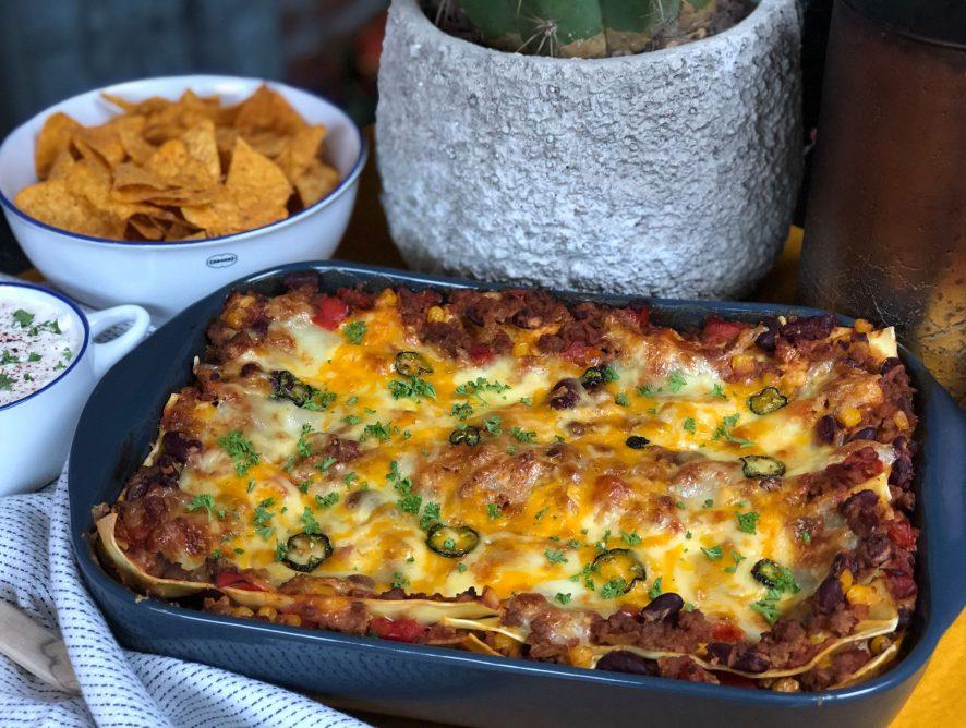 Mexicaanse lasagne met gehakt en bonen