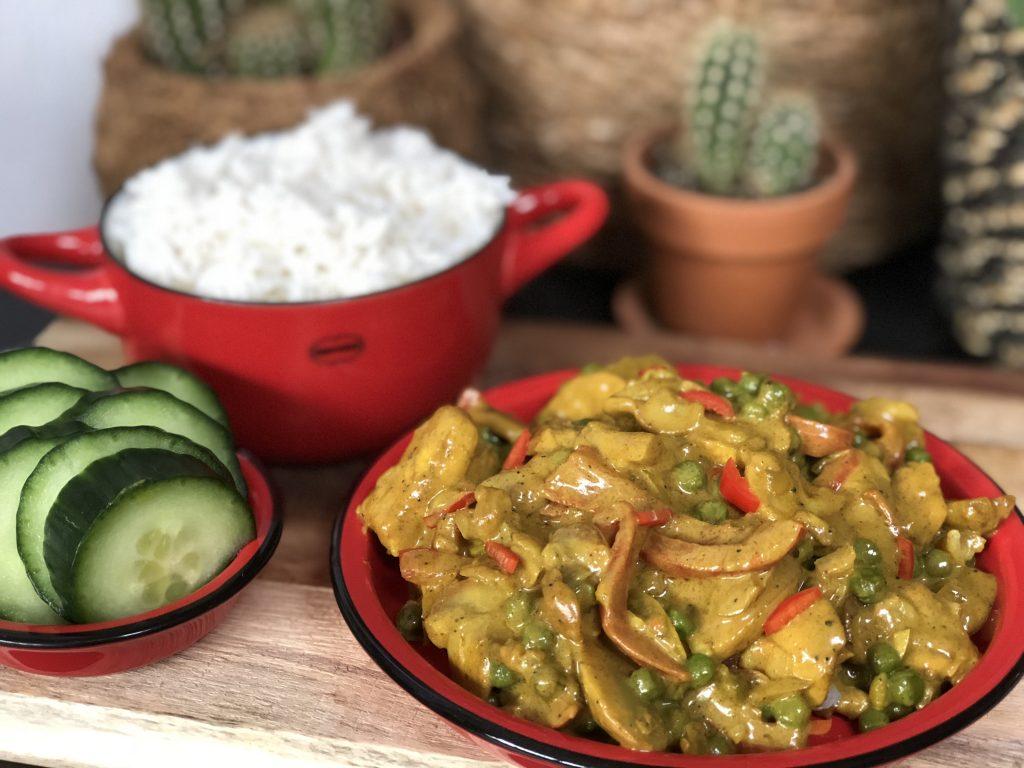 pittige kip kerrie met rijst maken