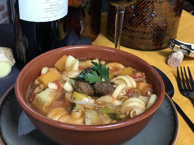 gevulde groentesoep met gember en rode peper