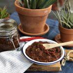 Een schaaltje heerlijk zelf gemaakte sambal badjak