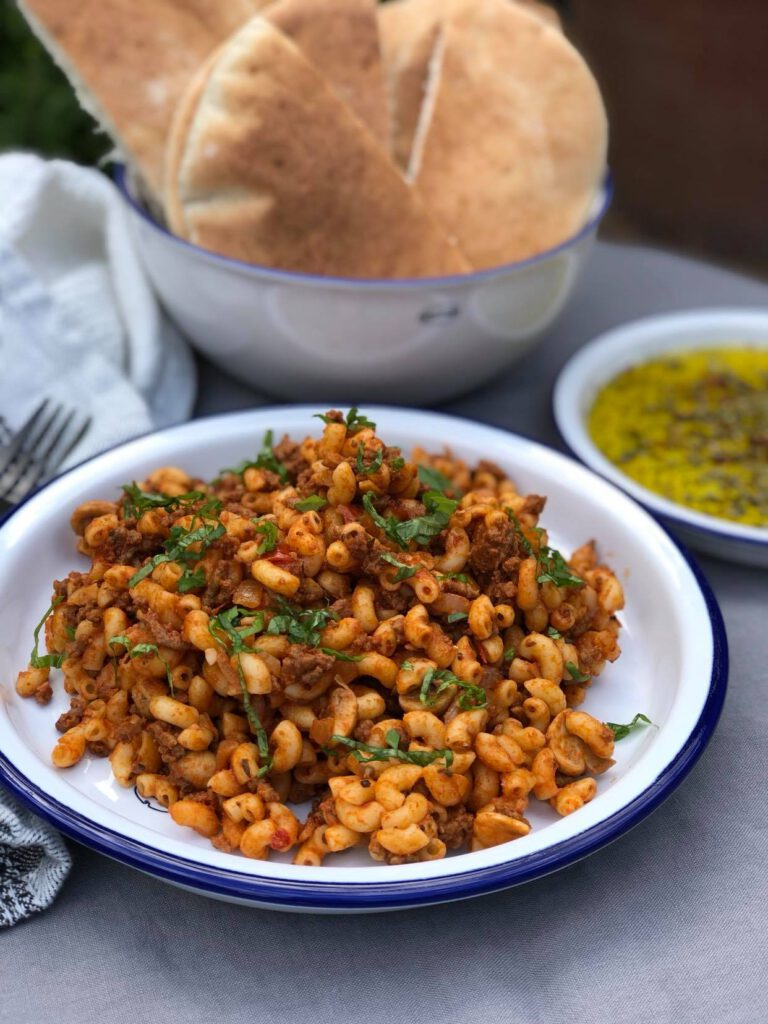 simpele macaroni met tomatenpuree en gehakt
