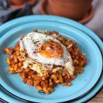 macaroni met tomatenpuree en gehakt