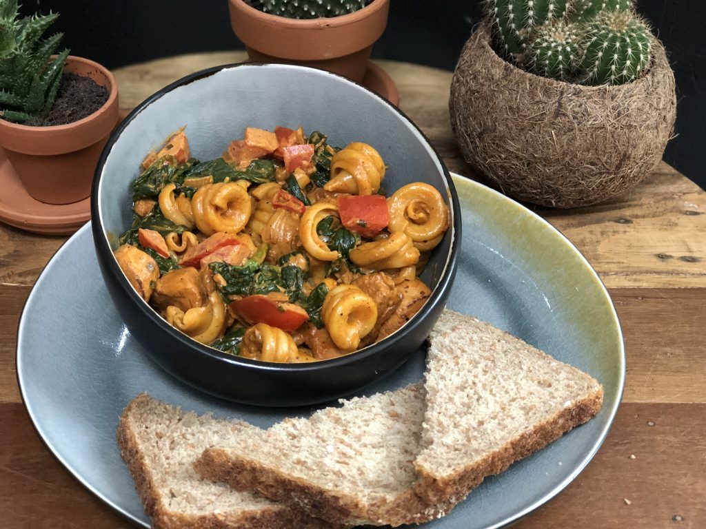 15 pasta recepten: pasta met Boursin, hete kip en spinazie
