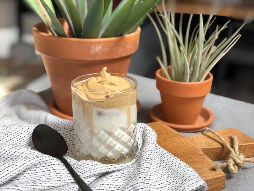 Dalgona koffie zelf maken: super simpel recept