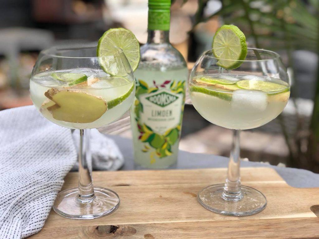zomerse cocktail met limoen
