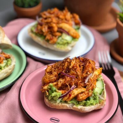 broodje met pulled chicken: zoet en pittige kip
