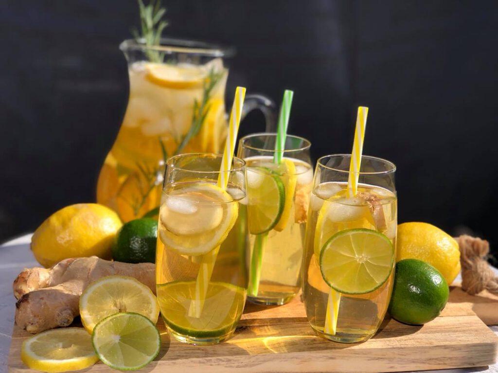 ijsthee met citroen en gember