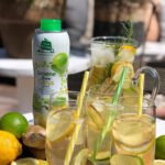 ijsthee limonade siroop met citroen en groene thee