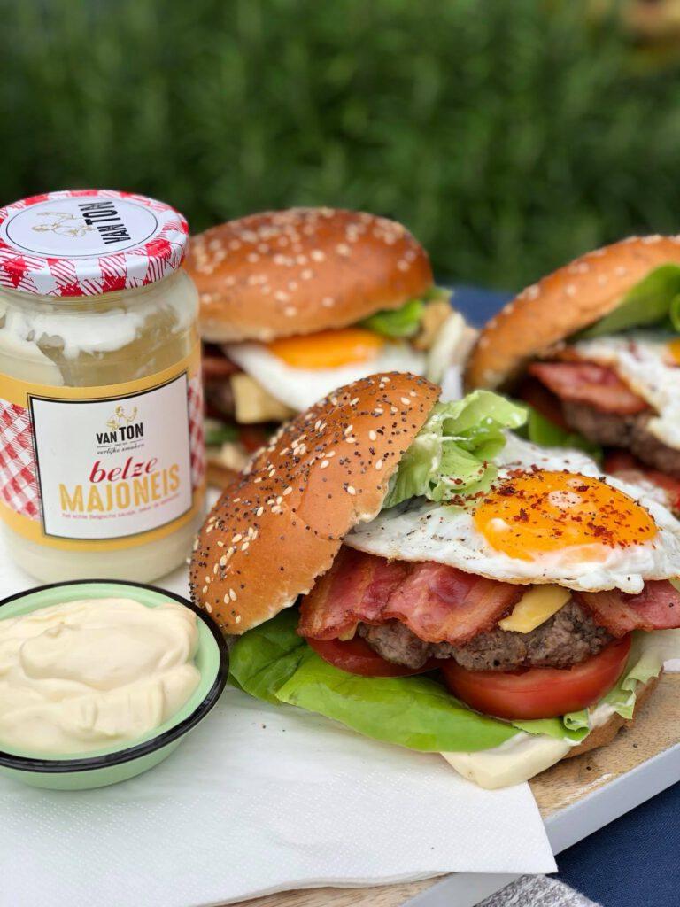 BLT burger met Belgische mayonaise